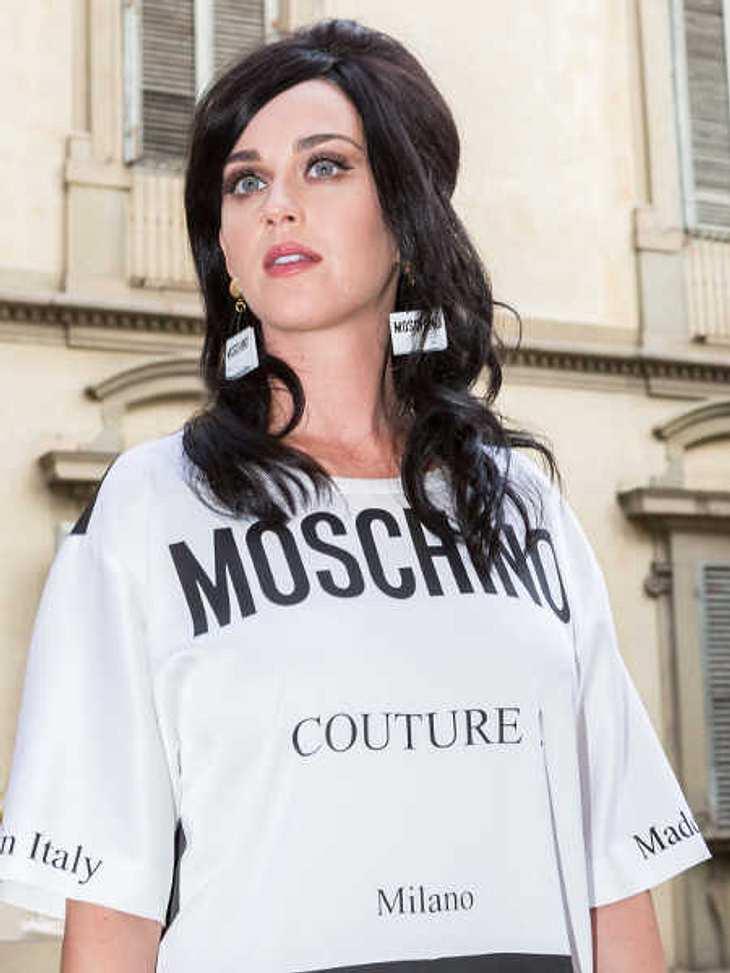 Katy Perry streitet sich um ein Kloster.