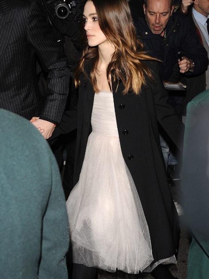 Bei den BAFTAs 2008 soll sie ihr Brautkleid das erste Mal getragen haben
