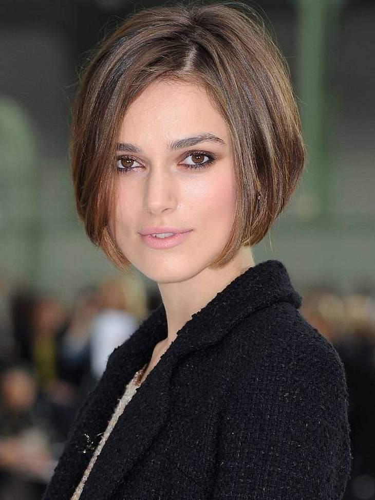 Neu mit Bob: Keira Knightley zeigte sich bei der Fashion-Show von Chanel in Paris zum ersten Mal mit neuer Frisur.