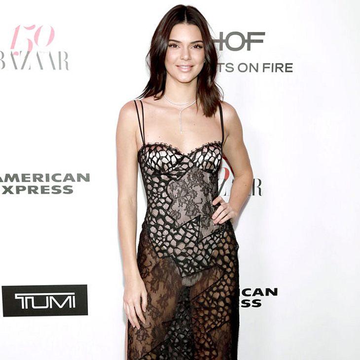 Kendall Jenner setzt auf die Farbe Pink