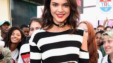 Kendall Jenner hat sich erneut tätowieren lassen - Foto: Getty Images