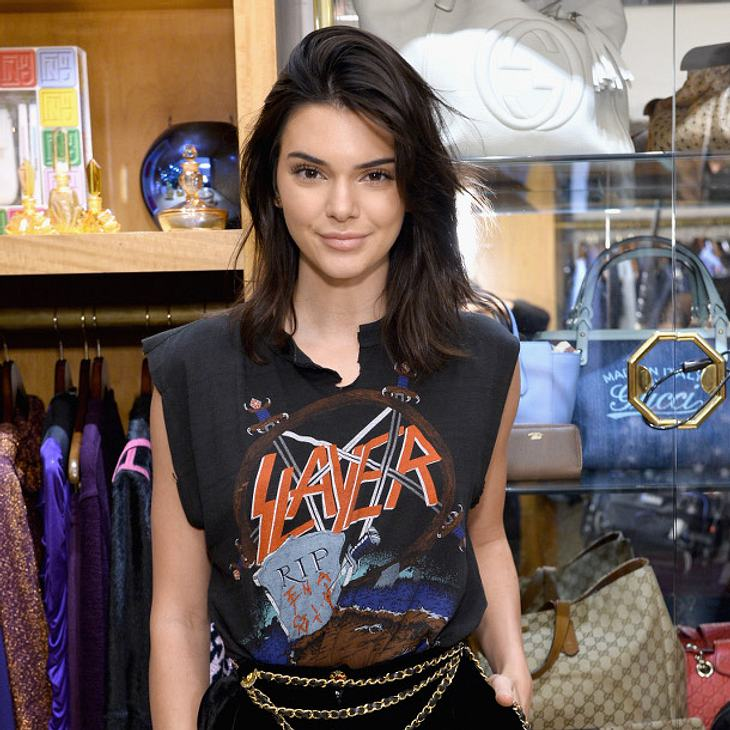 kendall jenner so dekadent feiert sie ihre amerikanische. Black Bedroom Furniture Sets. Home Design Ideas