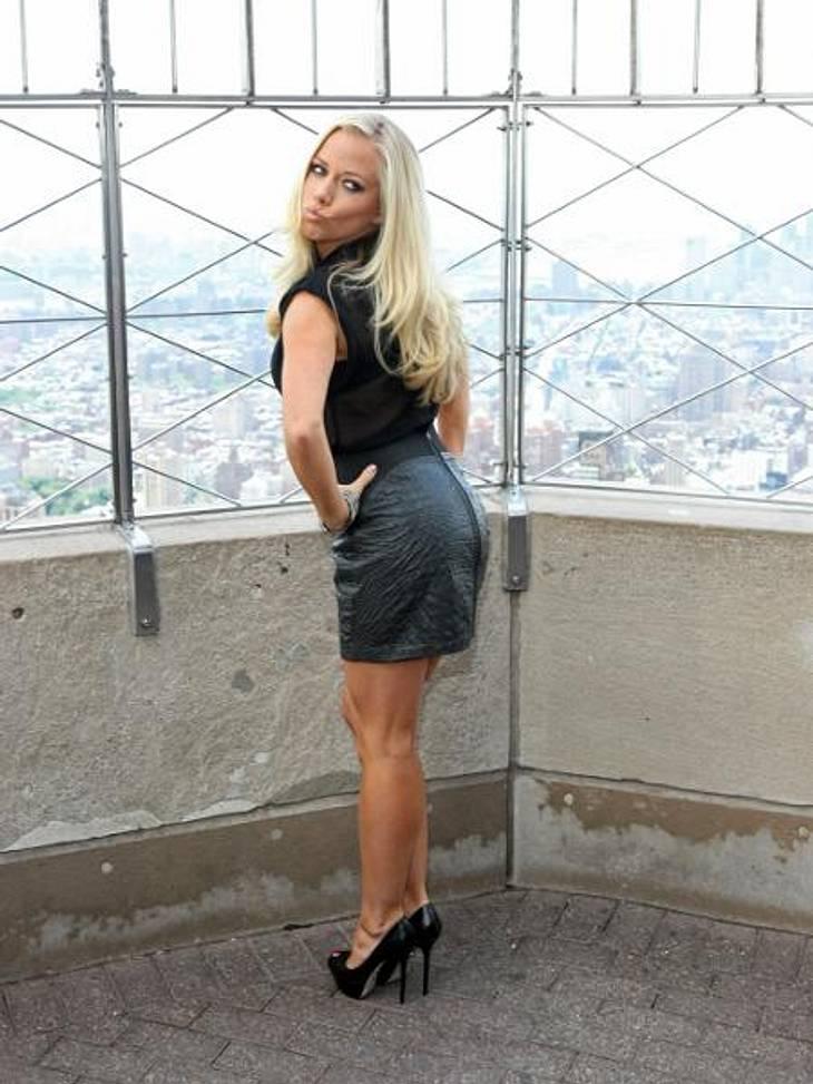 Die Sex-Tapes der StarsAuch Kendra Wilkinson (27) hat offenbar eine bewegte Vergangenheit. Von dem Ex-Playmate kursieren gleich zwei Sex-Videos im World Wide Web. Für das erste Tape, das im Mai 2010 erschien, bekommt sie immerhin 50 Prozent