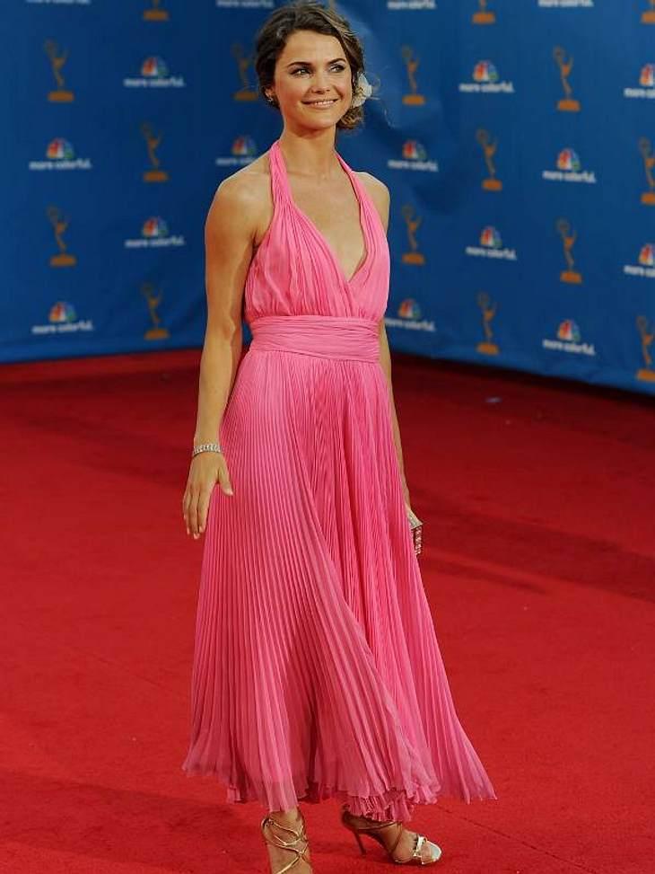 """Keri Russell (34, """"Scrubs"""") trug ein pinkes Kleid mit Plisée-Rockteil."""