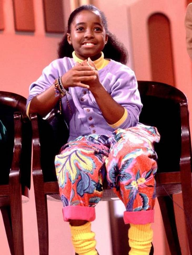 """Vom Kinderstar zum Sex-SymbolWer kann sich noch an diese süße Kleine erinnern? In diesem quietschbunten Outfit tobte sie acht Jahre lang als """"Rudy Huxtable"""" in der """"Bill-Cosby-Show"""" über die Bildschirme."""