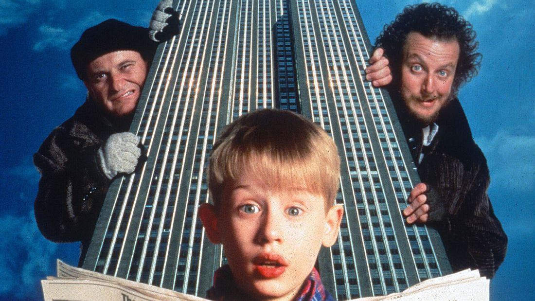 Joe Pesci und Daniel Stern als Einbrecher Harry und Marv in Kevin - Allein zu Haus