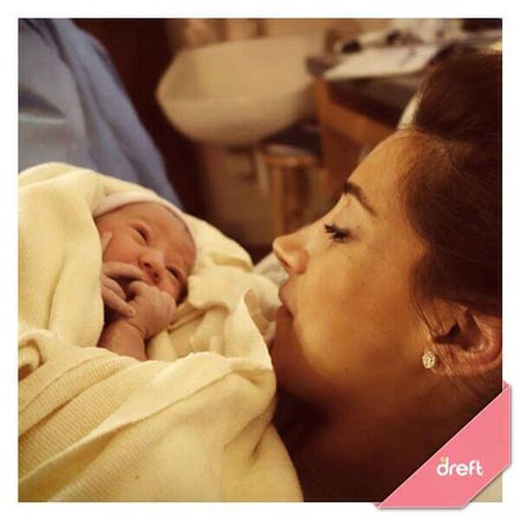 Danielle Jonas mit ihrer kleinen Tochter