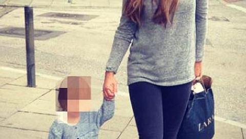 Kim Gloss schwärmt von Töchterchen Amelia - Foto: instagram.com/kim_glossofficial