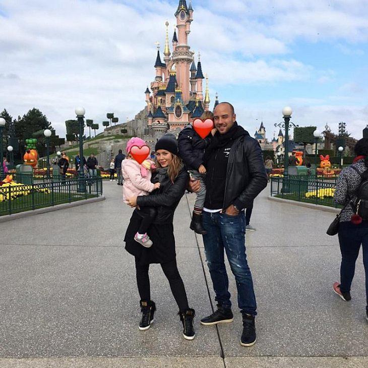 Kim Gloss ist im Disneyland