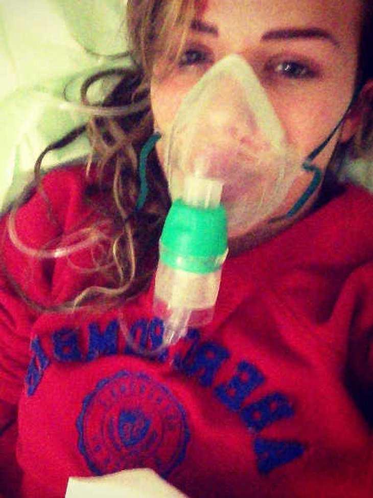 Kim Gloss mit Sauerstoffmaske im Krankenhaus!