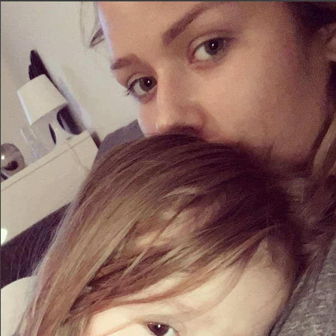Kim Gloss Tochter Amelia Gesicht