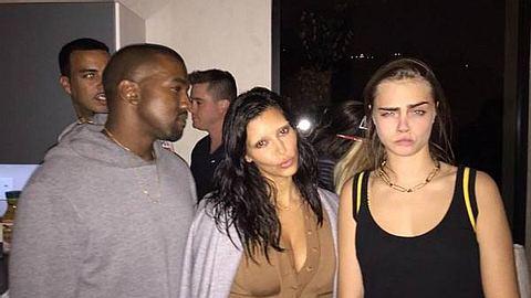 """Gruselig! """"Ohne"""" Augenbrauen erkennen wir Kim Kardashian kaum wieder - Foto: Facebook / Kim Kardashian"""