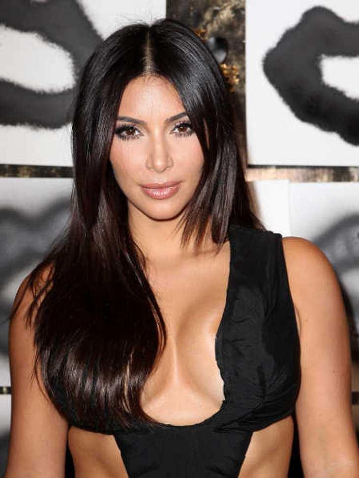 Kim Kardashian soll Charity-Geld einbehalten haben.