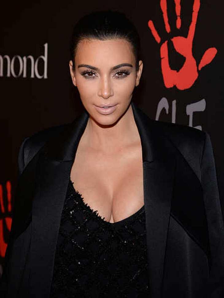 Kim Kardashian schreibt auf dem Niveau einer Viertklässlerin
