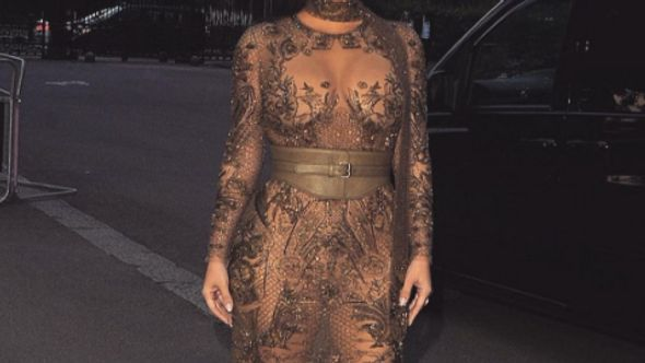 Kim Kardashian hat einen Po-Assistenten!