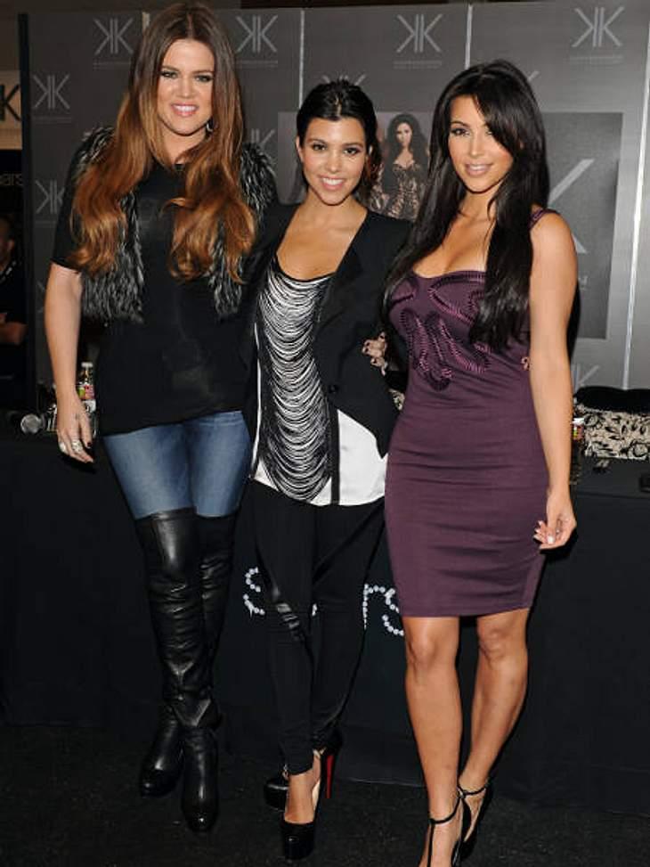 """Die heißesten Promi-GeschwisterMit ihrer Reality-Show """"Keeping up with the Kardashians"""" haben es die schönen Schwestern Kim (31, r.), Kourtney (33, Mitte) und Khloe Kardashian (27, l.) ganz nach oben geschafft.Dank ihres bewegten"""