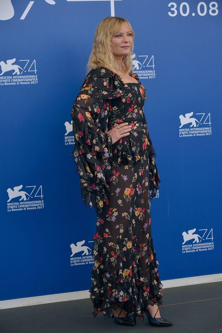 Ist das ein Baby-Bauch bei Kirsten Dunst?