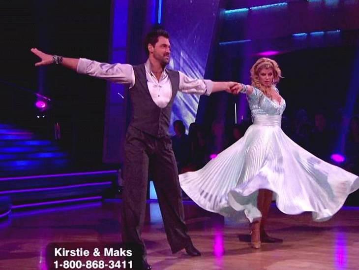 """""""Let's Dance"""" macht schlankBei """"Dancing With The Stars"""" tanzt sie sich aktuell schlank. Mit einem tollen Ergebnis ..."""