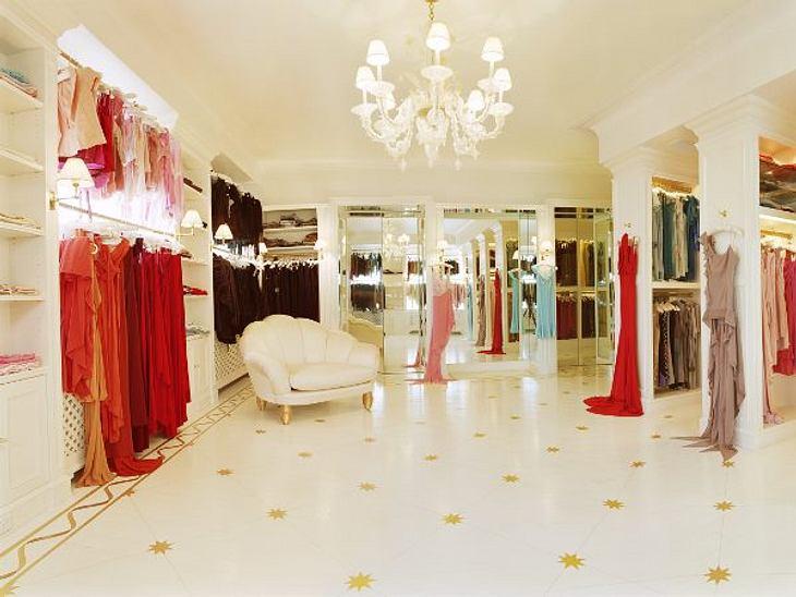 Begehbarer kleiderschrank stars  Die Kleiderschränke der Stars! - Bild 4 | Die Kleiderschränke der