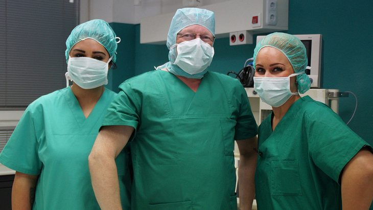 Klinik am Südring: Ist die Sat.1-Doku echt oder Fake?