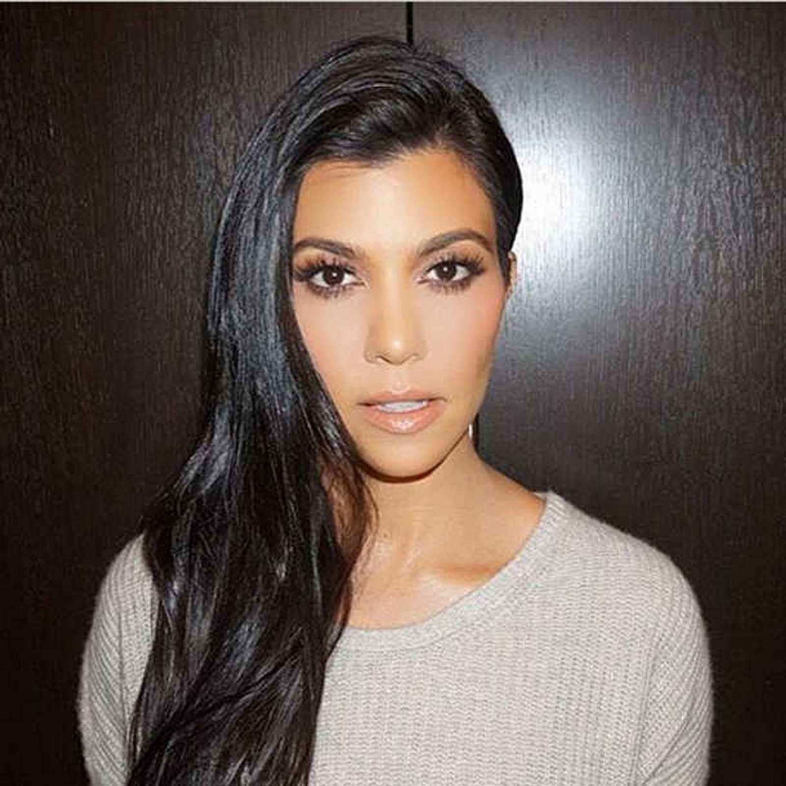 Kourtney Kardashian: Nippel-Blitzer auf Instagram-Foto