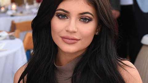 Kylie Jenner Einlagen Po - Foto: Instagram / Kylie Jenner