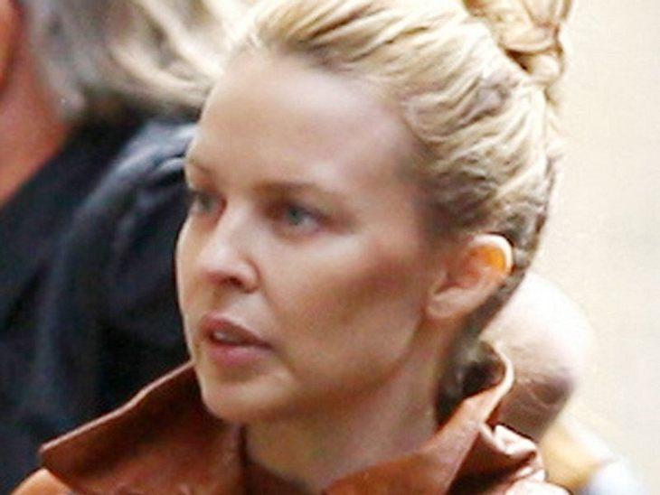 Stars ungeschminktAuch  Kylie Minogue sieht trotz ihres Alters auch ungeschmnikt recht passabel aus.