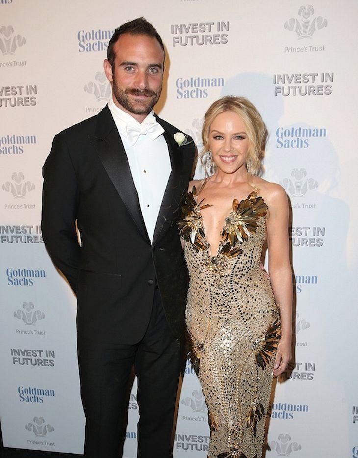 Funkel-Klunker: Hat sich Kylie Minogue heimlich verlobt?
