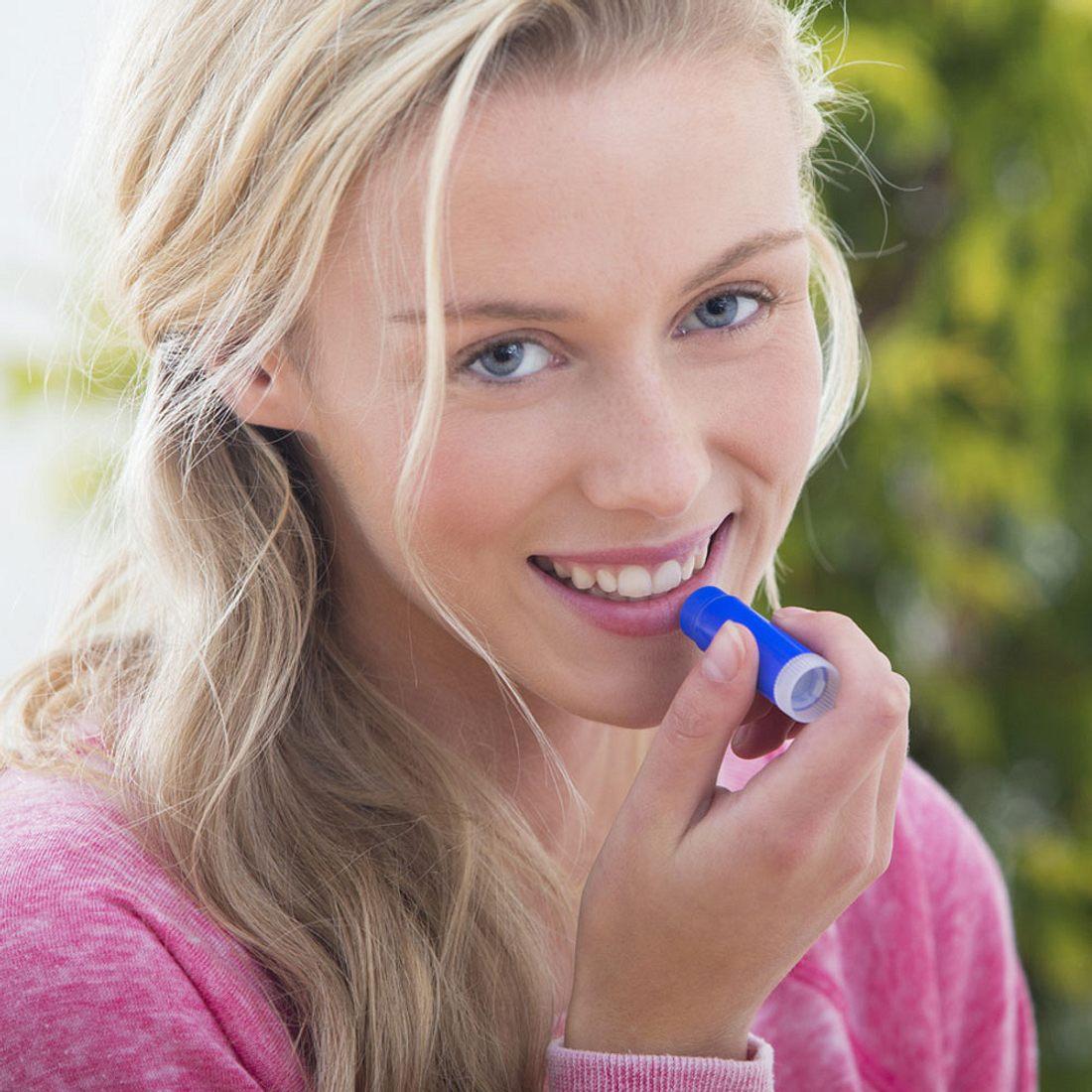 Ökotest warnt: So gefährlich sind Labello-Lippenpflegestifte