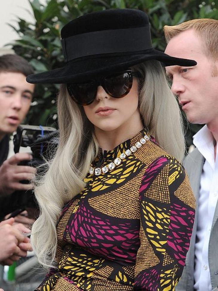 """Lady Gaga: Ihre LügenweltStripperei - Wahrheit: Lady Gaga erzählt gerne, dass sie als 18-Jährige im New Yorker Etablissement """"Slipper Room"""" die Hüllen fallen ließ. Wenn man allerdings den Besitzer James Habacker fragt, klingt das"""
