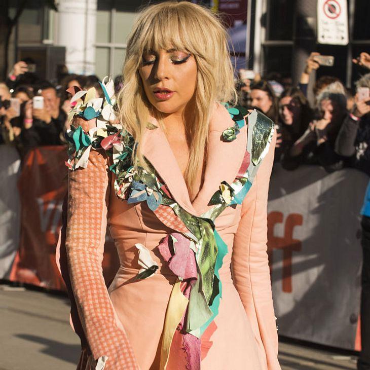 Lady Gaga wurde ins Krankenhaus eingeliefert!