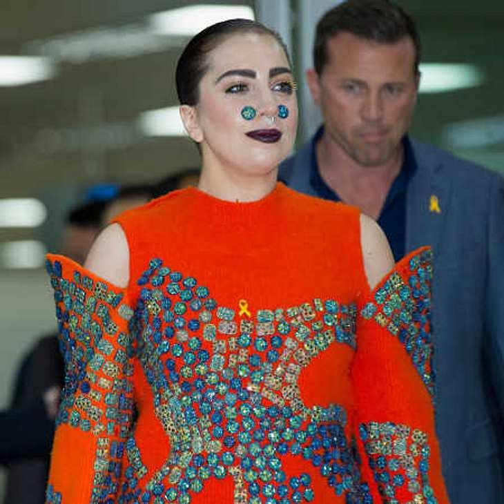 Lady Gaga zeigt Kurven!