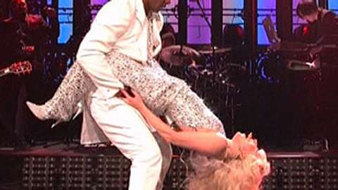 Lady Gaga hat Trocken-Sex mit R. Kelly! - Foto: Screenshot/Video