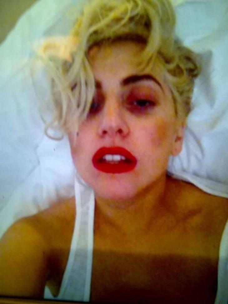 Die verrücktesten Twitter-Bilder der StarsSelbst eine Lady Gaga (26) ist morgens nach dem Aufstehen noch weit von dem Glamour-Look entfernt, in dem sie sich normalerweise präsentiert. Irgendwie tröstlich...,