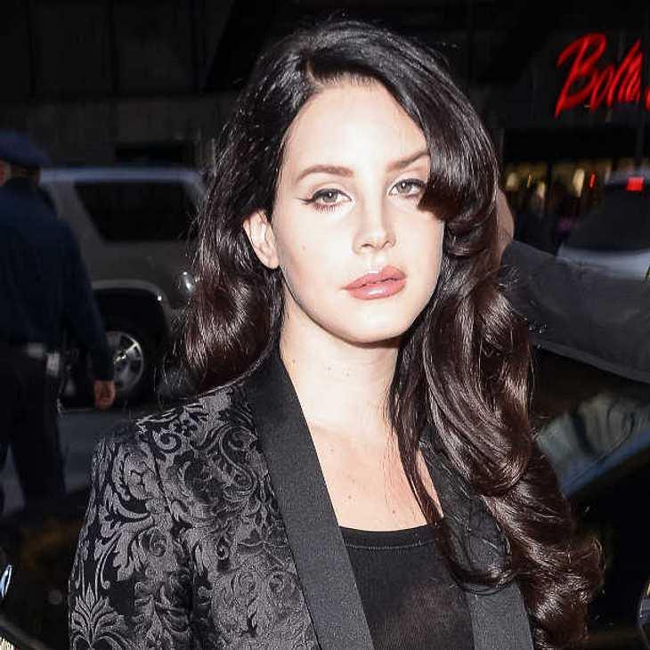 Lana Del Rey: Penetrante Stalker machen ihr das Leben zur Hölle!