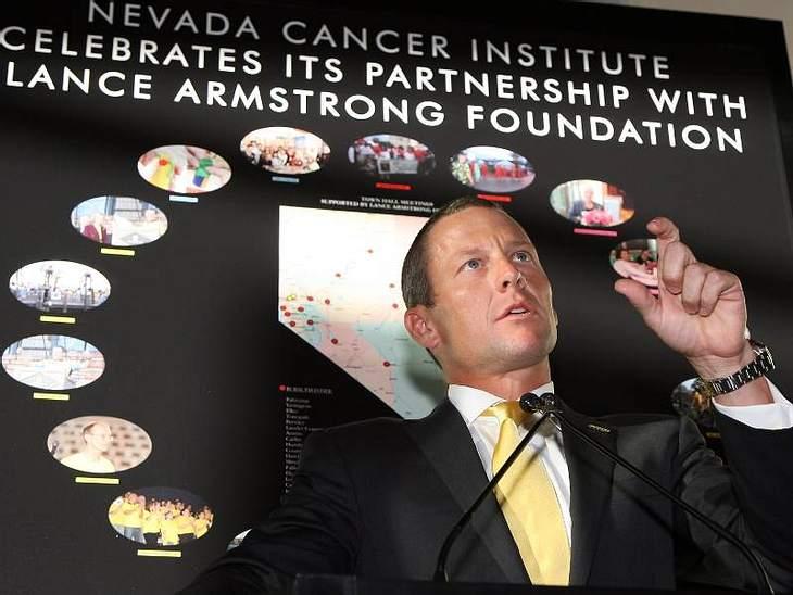 Bei Tour de France-Held Lance Armstrong wurde 1996 Hoden-Krebs festgestellt. Da der Krebs schon weiter fortgeschritten war, breitete er sich weiter auf die Lunge, das Gehirn und den Bauchraum aus. Eine Chemotherapie rettete ihm das Leben, d