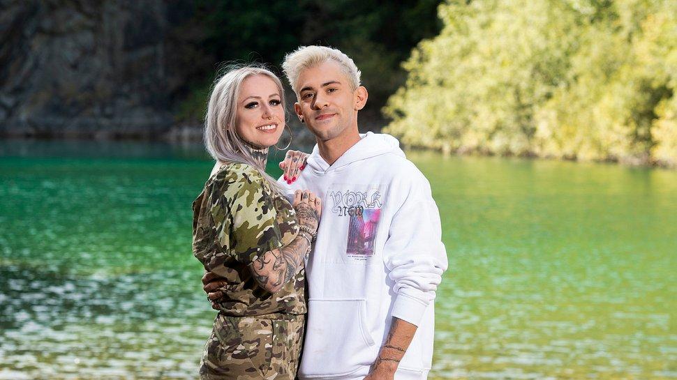 Daniele Negroni und Freundin Laura Steinert bei der #CoupleChallenge - Foto: TVNOW / Pervin Inan-Serttas
