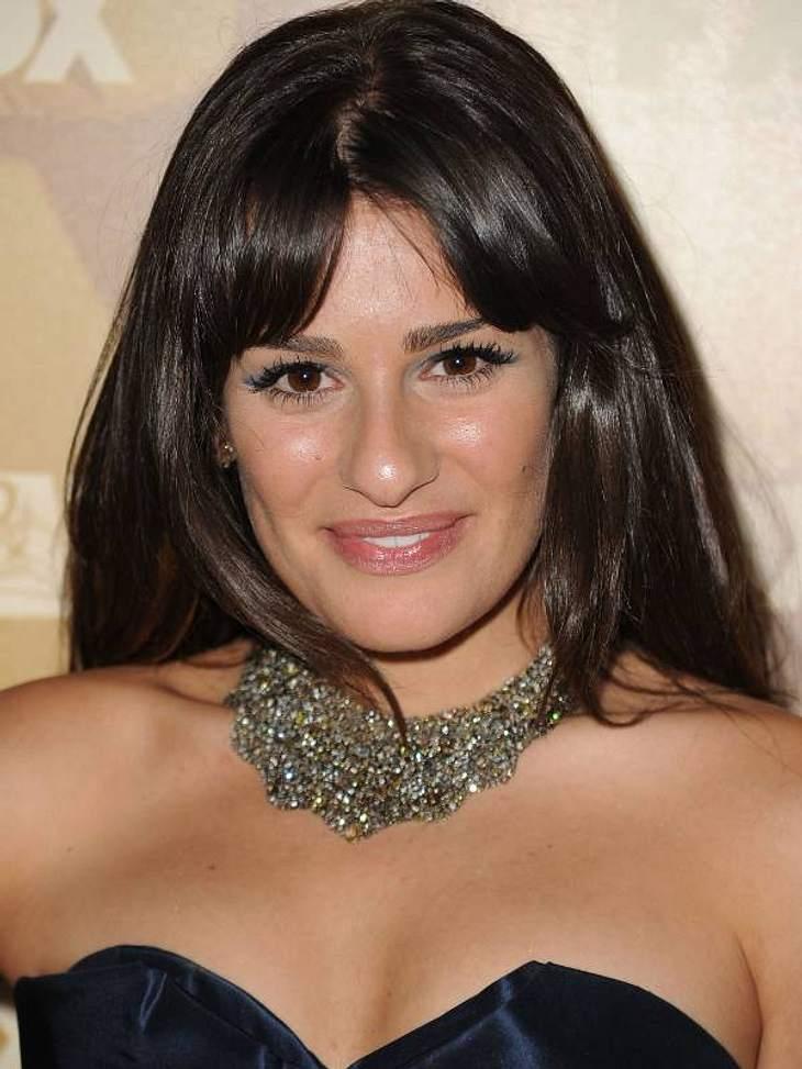 """So heißen Promis wirklich!Die """"Glee""""-Darstellerin Lea Michele  (26) heißt eigentlich Lea Michele Sarfati. Seit ihrer Kindheit lässt sie ihren Nachnamen weg, weil sie wegen dessen Aussprache gehänselt wurde. ,"""