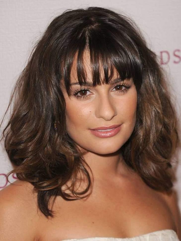 """Diese Star-Frisuren sind TrendDiva-Style:  """"Glee""""-Star Lea Michele trägt voluminöse Wellen mit Pony."""