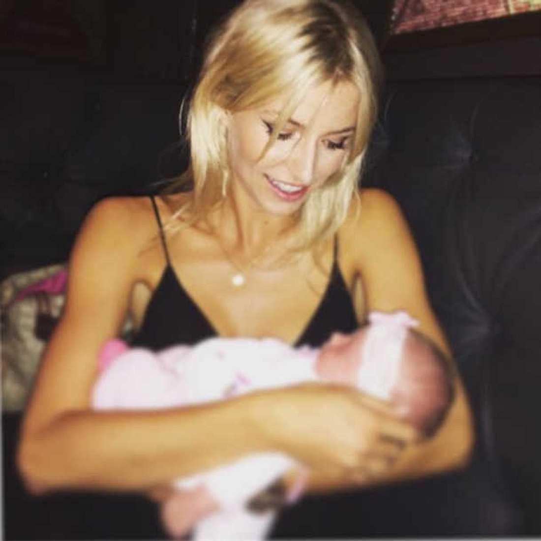 Lena Gercke mit Baby