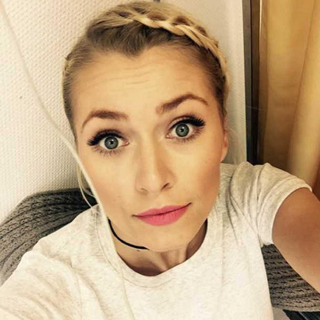 Lena Gercke outet sich als Tinder-Fan!