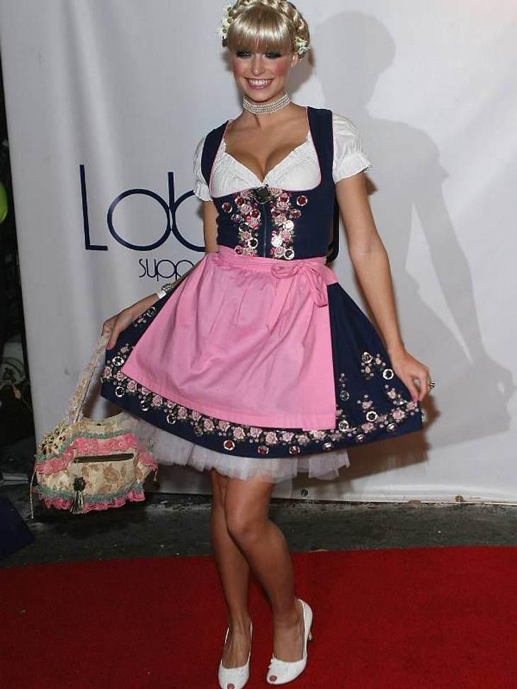 Topmodel Lena Gerke als bayerische Heidi.