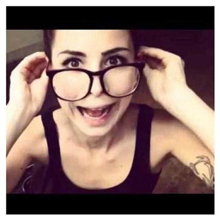 Lena Meyer-Landrut trägt jetzt Nerdbrille