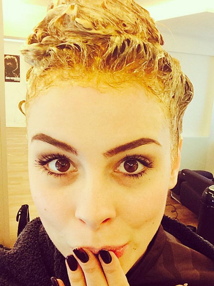 Schock: Lena Meyer-Landrut beim Friseur!