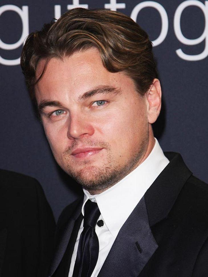 """Leonardo DiCaprio: Alles für einen frischen TeintVon wegen Männer kümmern sich nicht um ihr Aussehen. Hollywood-Star Leonardo DiCaprio nimmt es in Sachen knitterfreies Gesicht mehr als ernst. In Los Angeles' nobelstem Beauty-Shop """"Blue"""