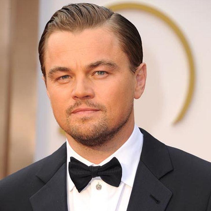 So seriös wirkte Leonardo DiCaprio beim Coachella Festival nicht.