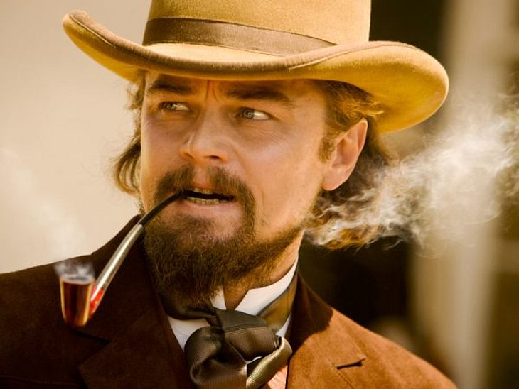 """Stars, die rauchenNicht nur im Film """"Django Unchained"""" raucht Leonardo DiCaprio wie ein Schlot. Auch im wahren Leben klebt er am Glimmstengel."""