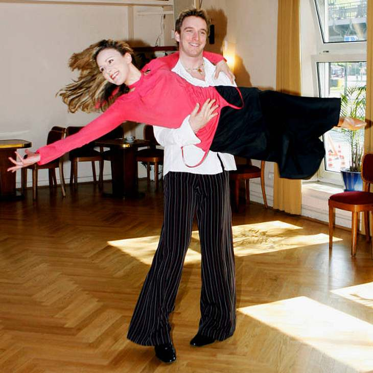 """""""Let's Dance"""" macht schlankJasmin Wagner belegte 2007 bei """"Let's Dance"""" den vierten Platz. Sechs Kilo nahm sie damals ab, verlor elf Zentimeter an der Taille."""