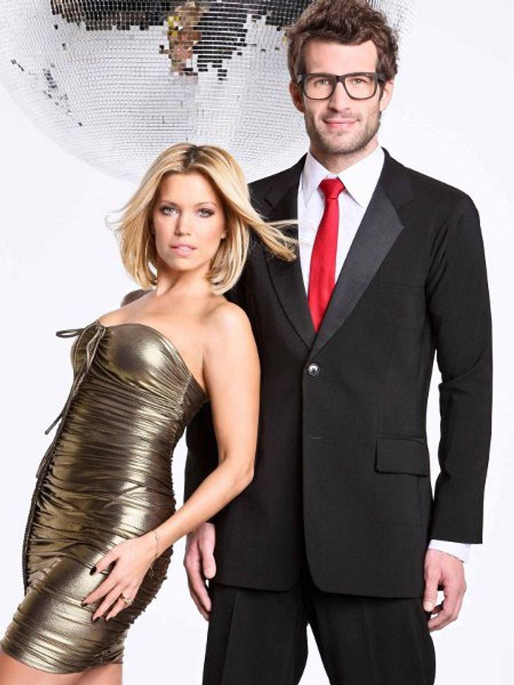 """""""Let's Dance"""" 2012Auch """"Let's Dance"""" 2012 wird wieder von Sylvie van der Vaart (33) und Daniel Hartwich (33) moderiert."""