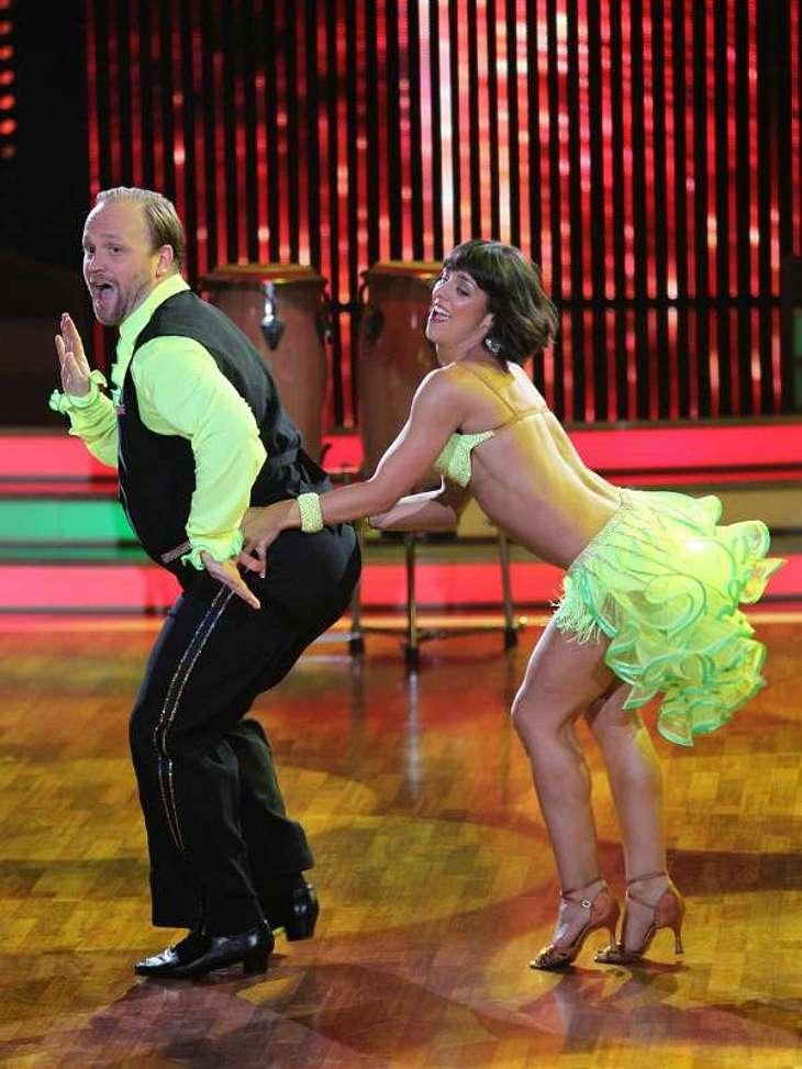 Let's Dance: Das Halbfinale,Der Lindenstraße-Star Moritz A. Sachs war im Halbfinale der Liebling der Jury. Der Tango brachte ihm 35 Punkte ein. Für den zweiten Tanz des Abends, eine Salsa, gab es sogar noch einen Punkt mehr. Alle Infos zu &